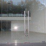 Cửa kiếng bản lề sàn