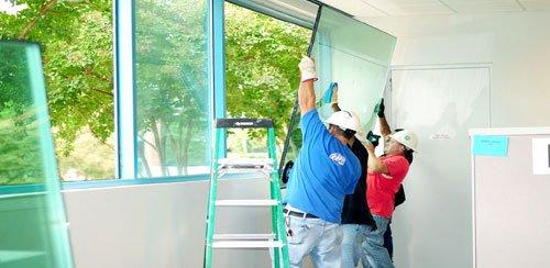 Dịch vụ sửa cửa kiếng các loại giá rẻ tại quận 10