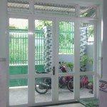 Lắp cửa nhôm sơn tĩnh điện tại quận Bình Chánh