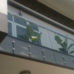 Lan can kính ngoài trời giá rẻ tại Tân Bình